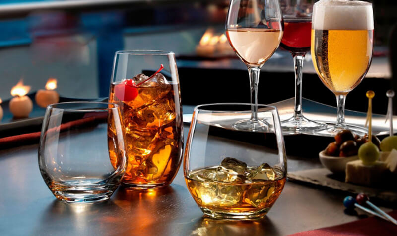 Các loại ly thủy tinh giá sỉ nào được yêu thích